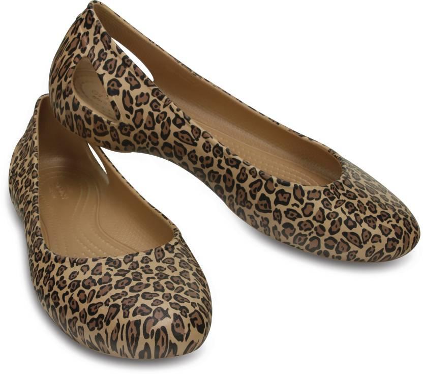 655462dd8bde Crocs Women Leopard Flats - Buy Crocs Women Leopard Flats Online at Best  Price - Shop Online for Footwears in India