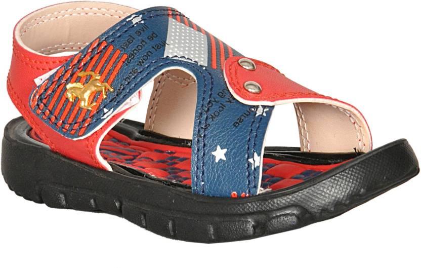 ac0cb851a Kats Boys   Girls Velcro Sports Sandals Price in India - Buy Kats ...