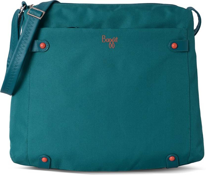 Baggit Women Casual Green Nylon Sling Bag