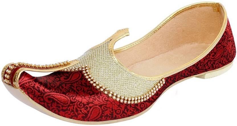 073f98d64f74 Vision Art   Craft Red Gold Sherwani Jutti Mojaris For Men - Buy Red ...