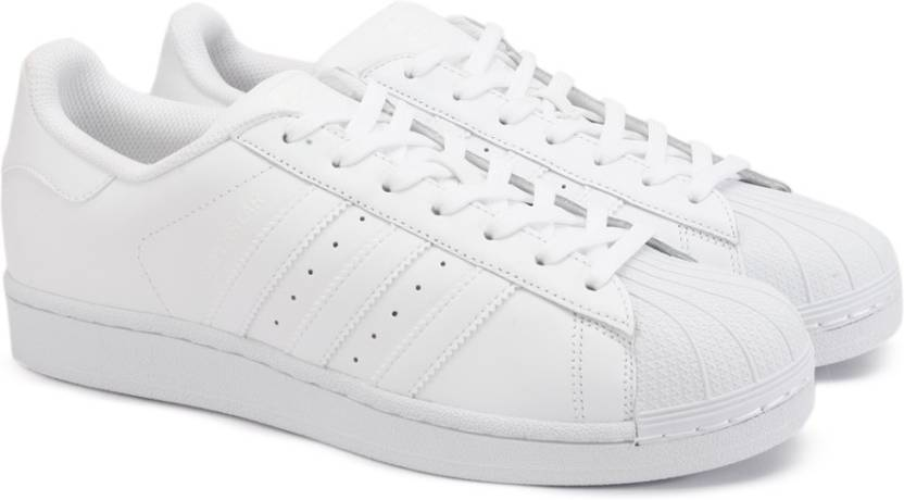 sports shoes c0baf 997f4 ADIDAS ORIGINALS SUPERSTAR FOUNDATION Sneakers For Men (White)