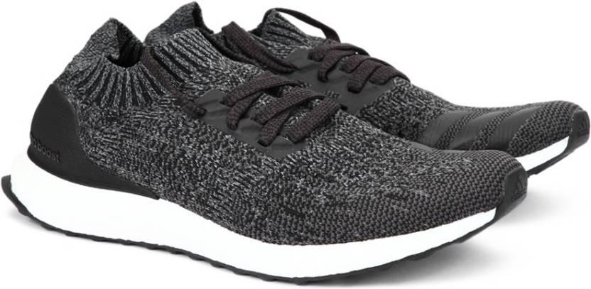 adidas ultraboost fece uscire le scarpe da corsa per gli uomini comprano cblack / dgsogr