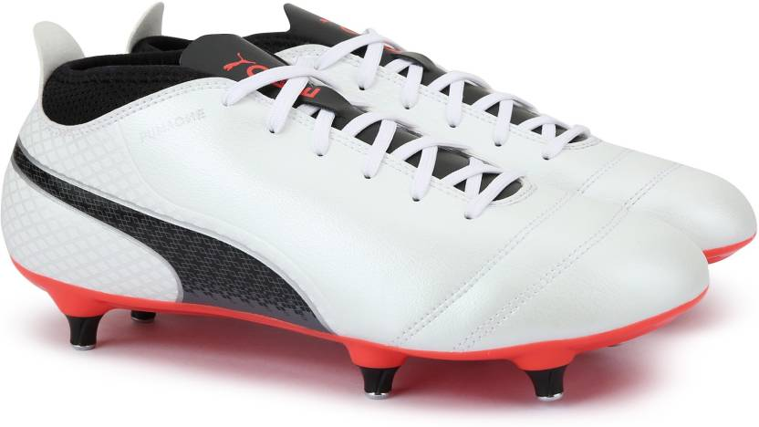 pas cher pour réduction fbbd1 3a677 Puma ONE 17.4 SG Football Shoes For Men