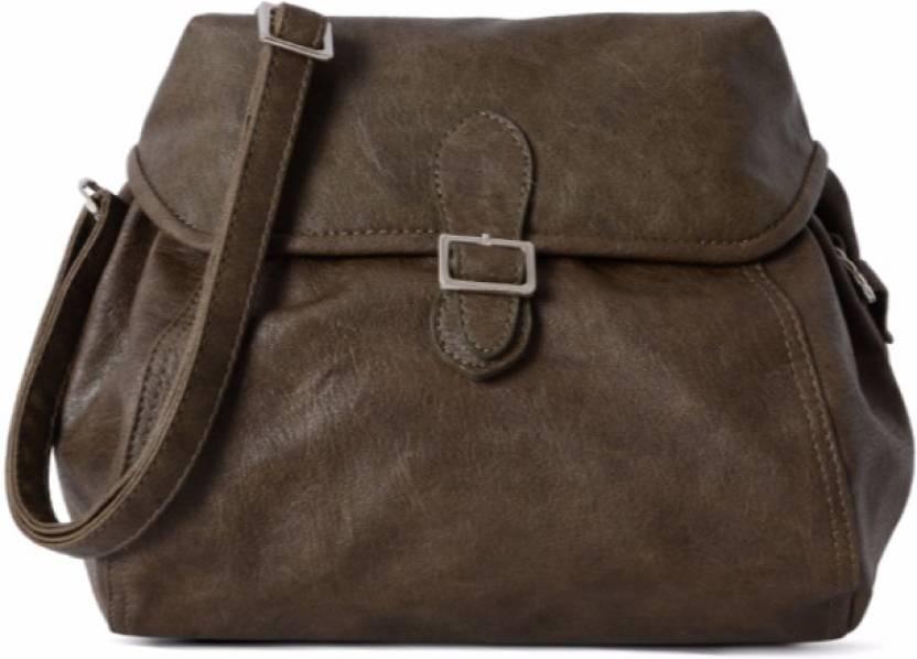 6fff57eb4841 Buy Baggit Sling Bag Brown Online   Best Price in India