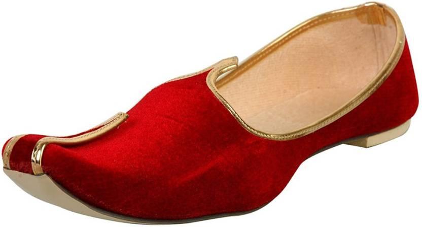 25f5f1291a09 Vision Art   Craft Men s Red Velvet Sherwani Jutti Mojaris For Men (Red)
