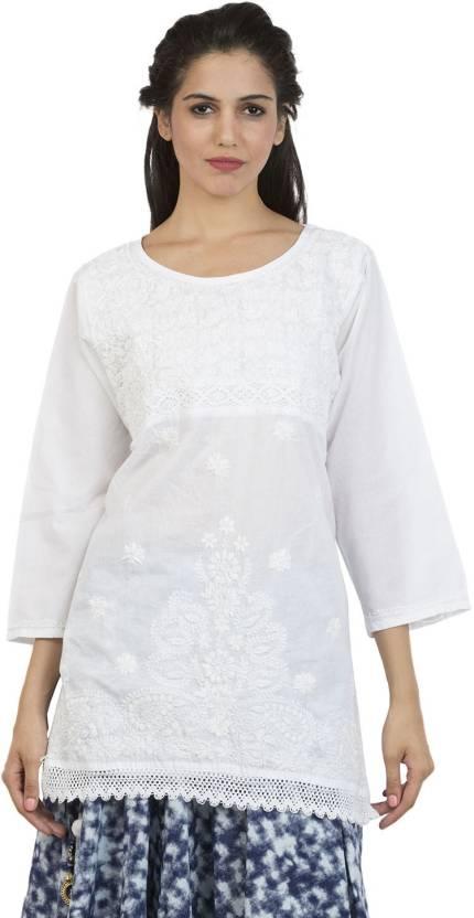 La Vastraa Women Chikan Embroidery Straight Kurta