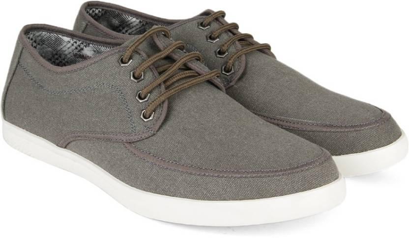 beed3ea776db V Dot Van Heusen Canvas Shoes For Men - Buy OLIVE Color V Dot Van ...