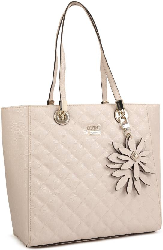 0aaa4064cd2c Buy Guess Tote PINK Online   Best Price in India