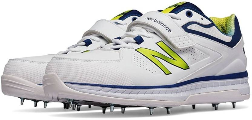 32883055121ee New Balance CK4040N3 Cricket Shoes For Men - Buy New Balance ...