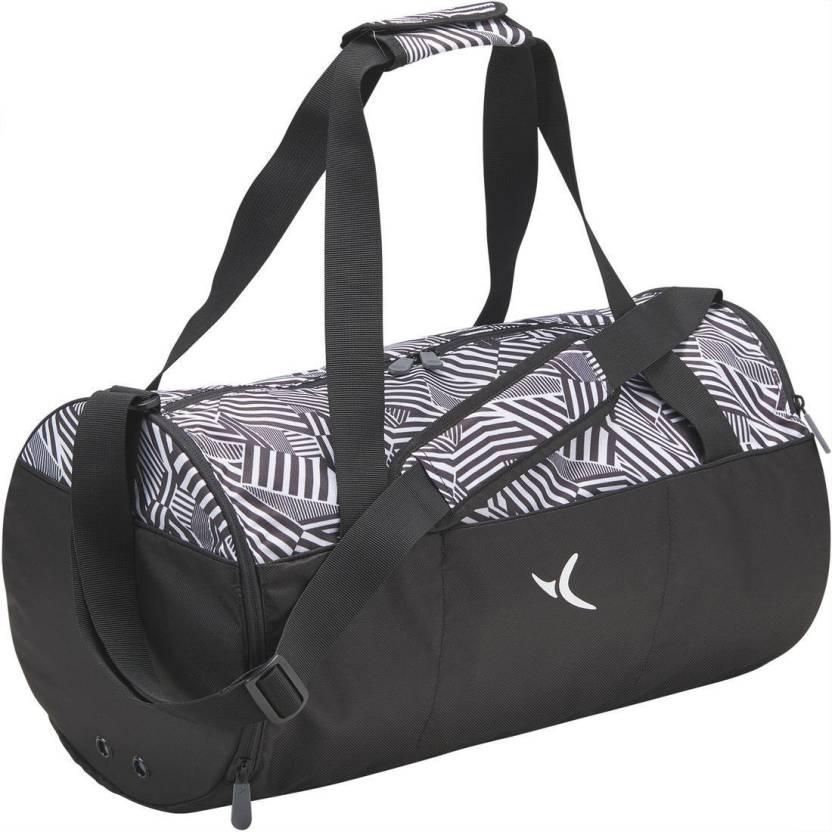 DOMYOS by Decathlon Medium Fitness Gym Bag Black - Price in India ... f6d694d5fb0da