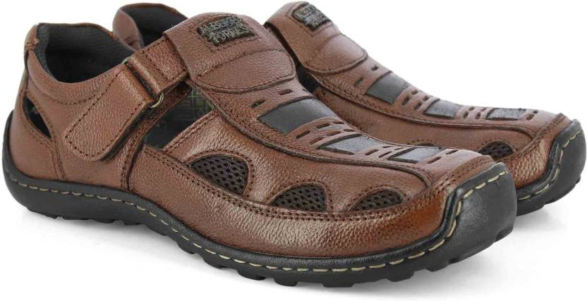 2e131ffa6 Alberto Torresi Men Brown Casual - Buy Alberto Torresi Men Brown Casual  Online at Best Price - Shop Online for Footwears in India