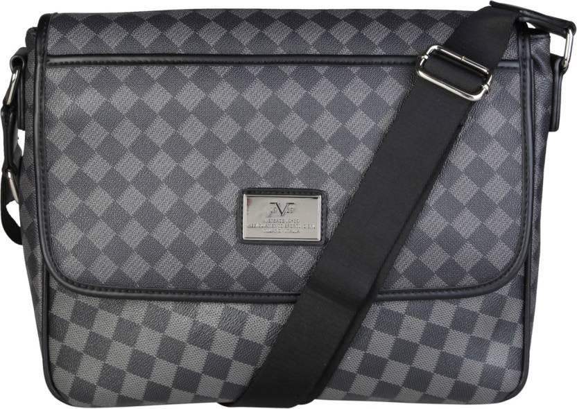b3cdfadc534 Buy Versace 19.69 Italia Messenger Bag NERO-GRI Online   Best Price ...