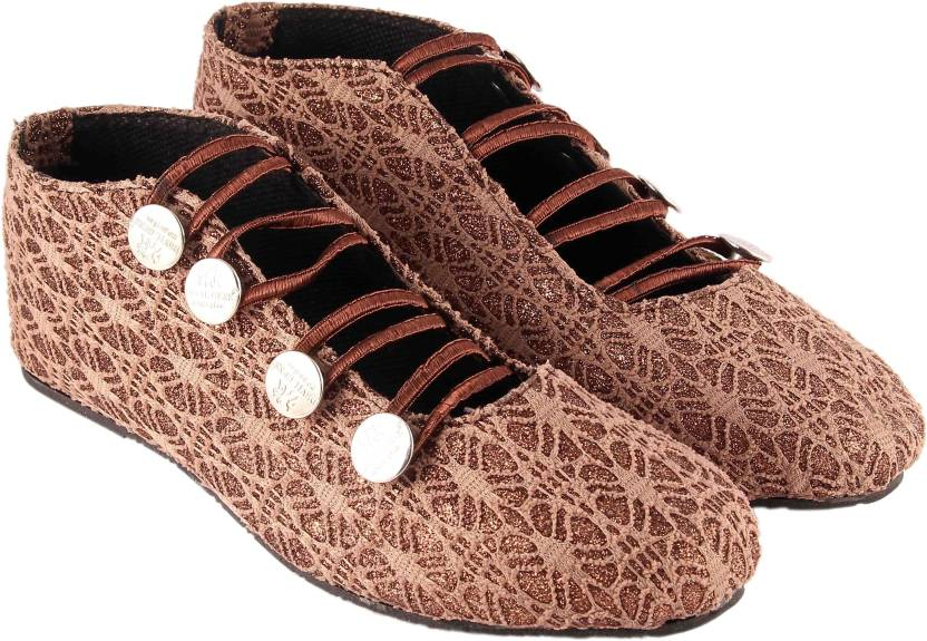 6b0b7882f0a9 GOD S MAN Women Brown Casual - Buy GOD S MAN Women Brown Casual Online at  Best Price - Shop Online for Footwears in India