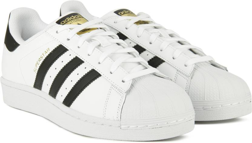 online retailer 5ede9 b4987 ADIDAS ORIGINALS SUPERSTAR Sneakers For Men (Black, White)