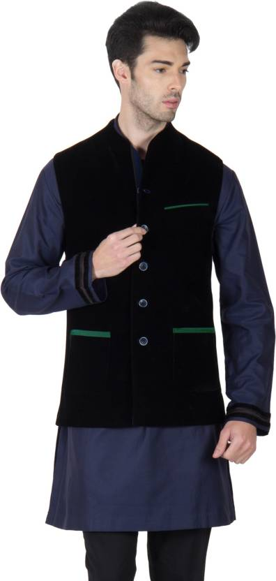 f8938c471b Roar and Growl Sleeveless Solid Men's Velvet Jacket - Buy Black Roar and  Growl Sleeveless Solid Men's Velvet Jacket Online at Best Prices in India  ...