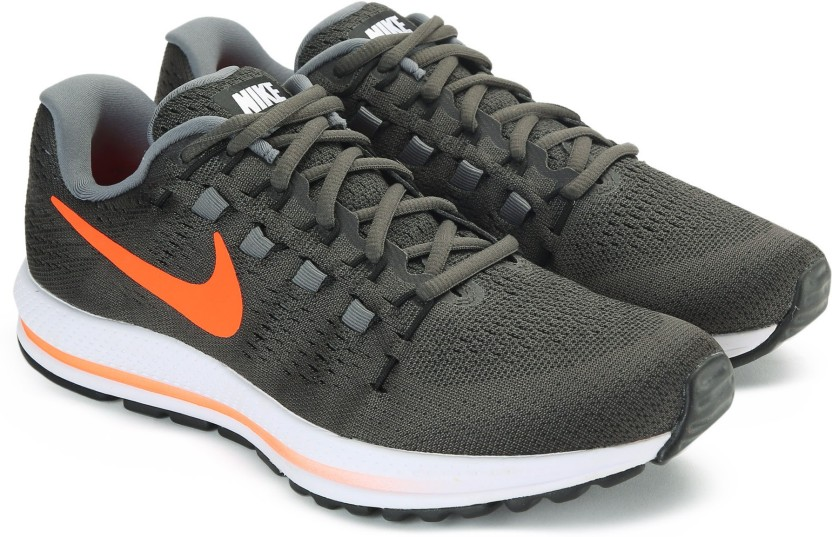 nike air zoom vomero 12 running shoes for men grey