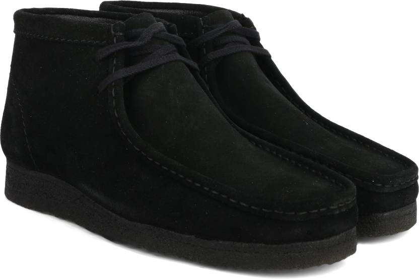 wholesale dealer 984f5 4e427 Clarks Wallabee Boot Black Sde Boots For Men (Black)