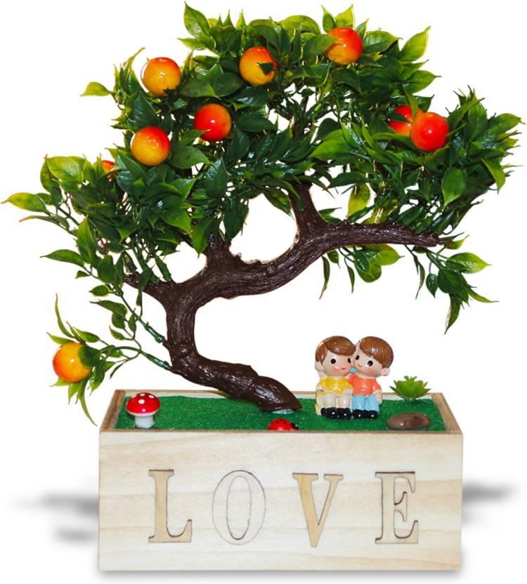 Akshat Love Couple Under Tree In The Garden Showpiece For Wedding
