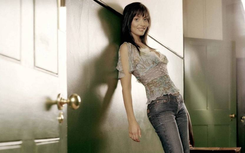 PL Wall Poster 13*19 inches-natalie-imbruglia-singers