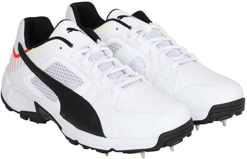 99be80383914a4 Puma Team Full spike II Cricket Shoes For Men - Buy Puma Team Full ...