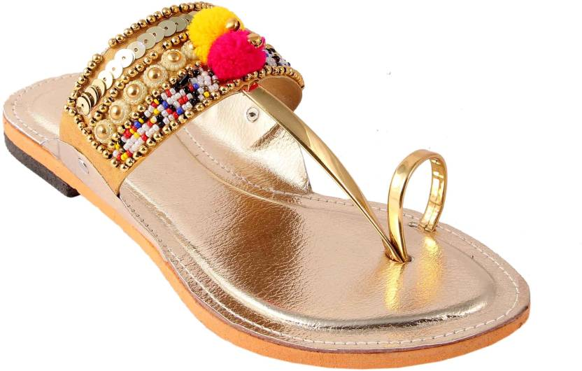 Femme Royale Gold Flats cheap real finishline sale perfect cheap hot sale affordable for sale R0J5GgnXxi