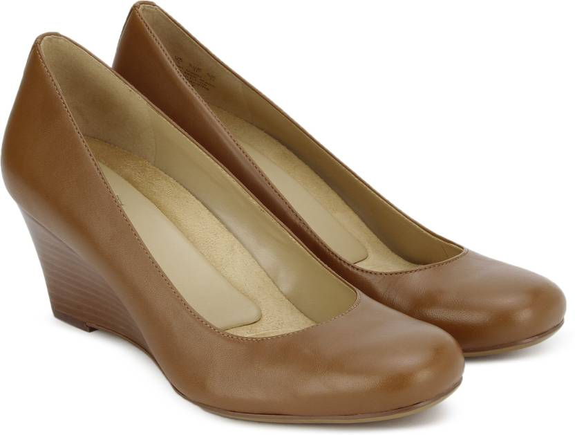 de0b93b73136 NATURALIZER Women Tan Wedges - Buy Tan Color NATURALIZER Women Tan Wedges  Online at Best Price - Shop Online for Footwears in India