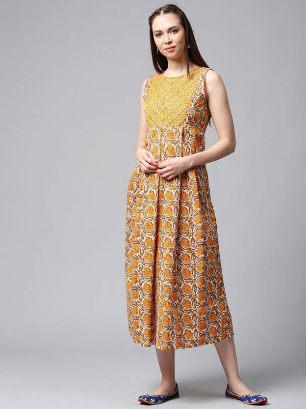 543211cc3cbd Aks Women s Maxi Yellow Dress - Buy Aks Women s Maxi Yellow Dress Online at  Best Prices in India
