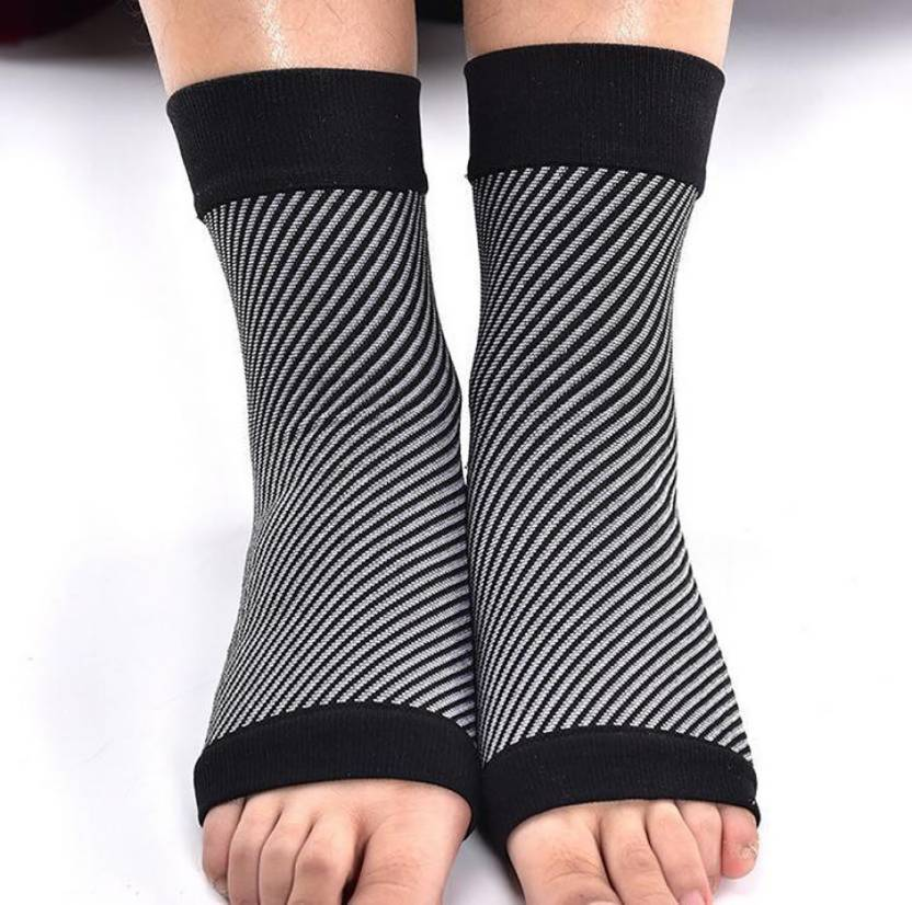 3c9b1f2bdc zylocare Heel Pain Relief Foot Support Plantar Fasciitis Compression Socks(1  pair) Ankle Support (L, Black) - Buy zylocare Heel Pain Relief Foot Support  ...