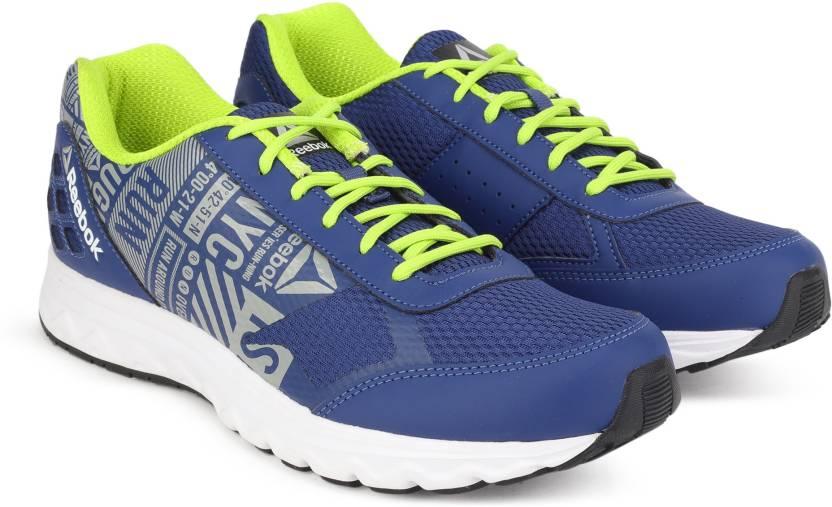 7d4610b18f3 REEBOK RUN VOYAGER LP Running Shoes For Men - Buy CLUB BLUE FLAT ...