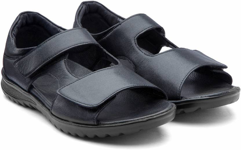 8148bc92eb30 De Scalzo Men Black Sandals - Buy De Scalzo Men Black Sandals Online at Best  Price - Shop Online for Footwears in India