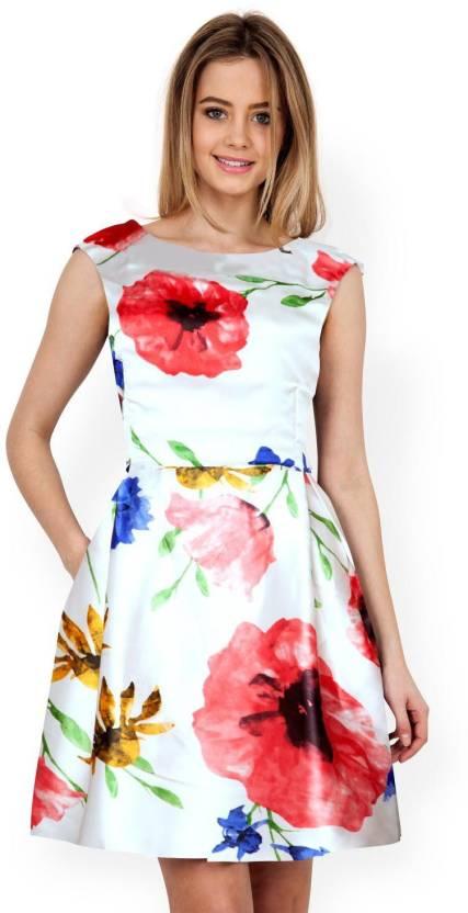 6cbfbfade9 Navya Women s Skater White Dress - Buy Navya Women s Skater White Dress  Online at Best Prices in India