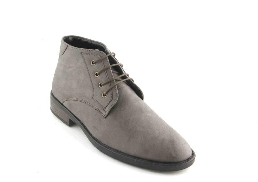 9075eb625a3 Vegan Basics Vegan Basics Men's Grey faux leather chukka boots Boots ...