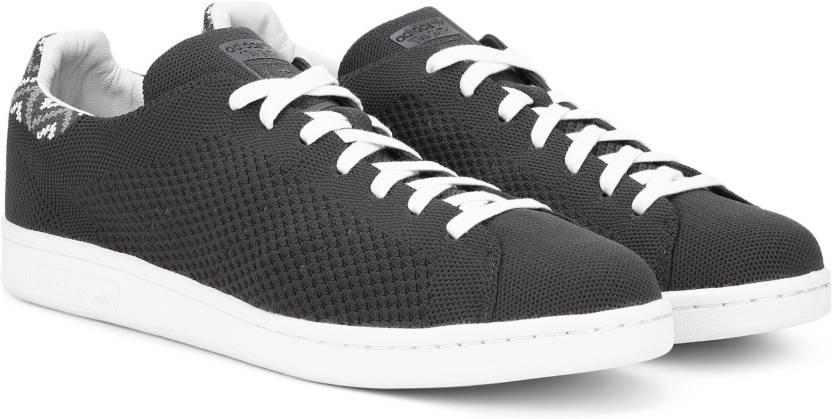 quality design 5b7d3 9ca96 ADIDAS ORIGINALS STAN SMITH PK Sneakers For Men (Black)