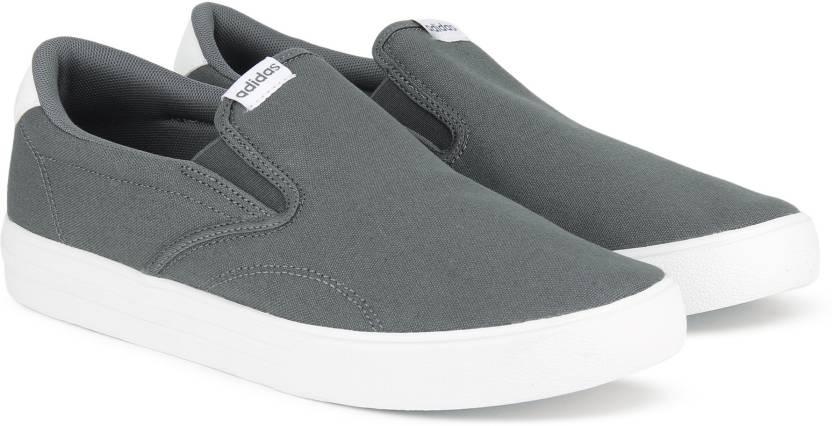 Adidas vs cosi 'espadrilli per gli uomini comprano grefiv / grefiv / ftwwht