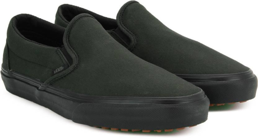 47f88bebca Vans Classic Slip-On UC Slip on Sneakers For Men - Buy (Made for the ...