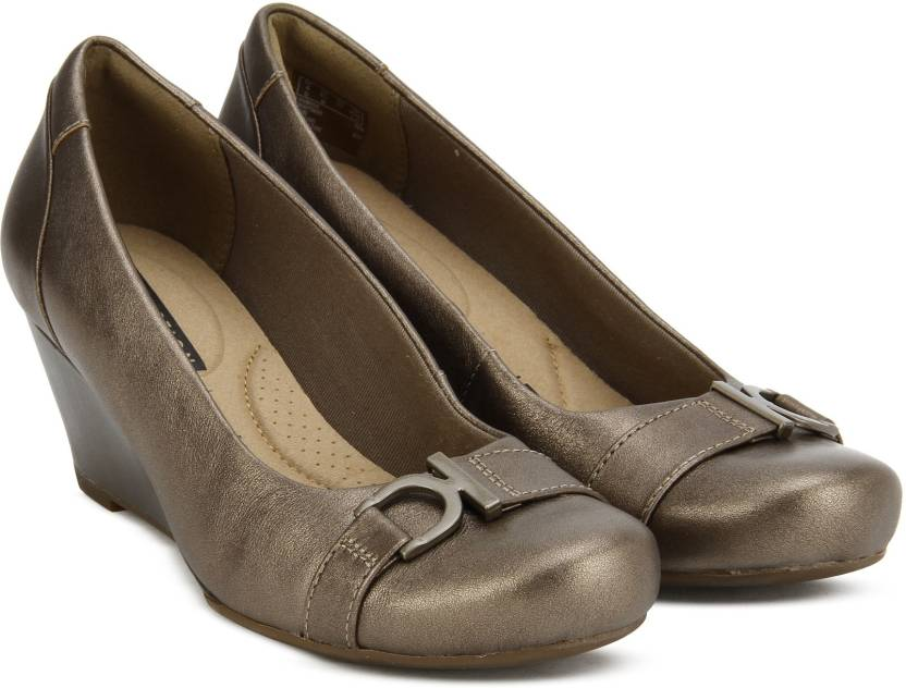66c4005dc0d6 Clarks Flores Poppy Pewter Leather Bellies For Women - Buy Pewter ...