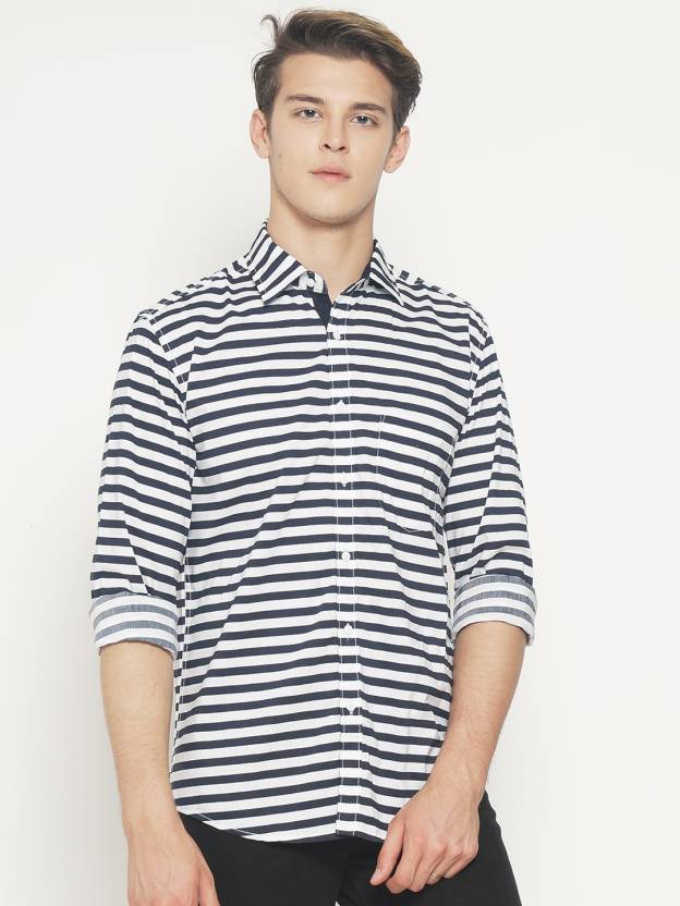 e1621bed3 I-VOC Men's Striped Casual Cut Away Shirt - Buy I-VOC Men's Striped Casual  Cut Away Shirt Online at Best Prices in India | Flipkart.com