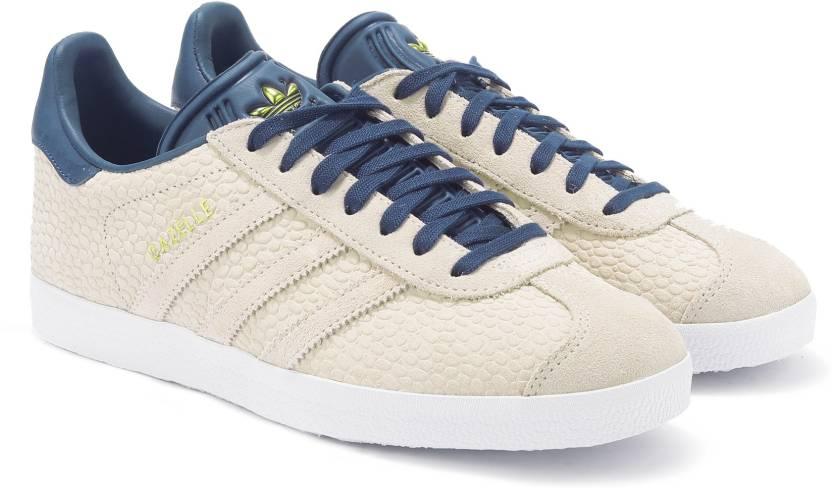 6d1df1aa4172 ADIDAS ORIGINALS GAZELLE W Sneakers For Women