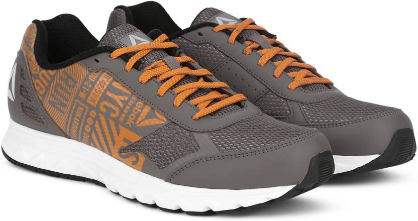 f61c6250bce8 REEBOK RUN VOYAGER XTREME Running Shoes For Men - Buy SMOKY TAUPE ...