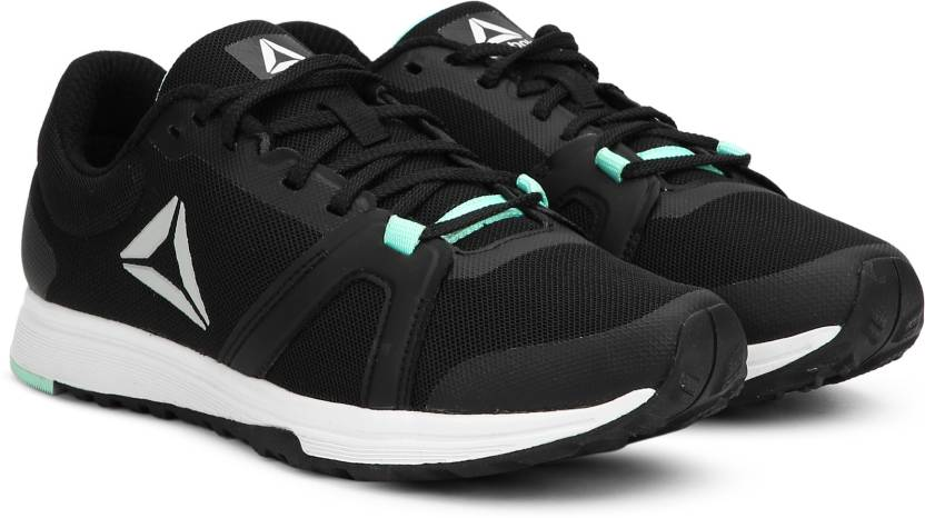 08df2716dddc67 REEBOK REEBOK MIGHTY TRAINER Running Shoes For Women - Buy BLACK ...