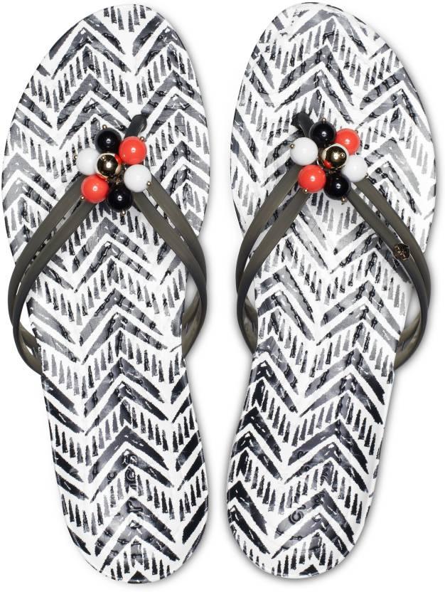 aa10e157 Crocs Drew x Crocs Isabella Flip W Flip Flops - Buy Crocs Drew x Crocs  Isabella Flip W Flip Flops Online at Best Price - Shop Online for Footwears  in India ...