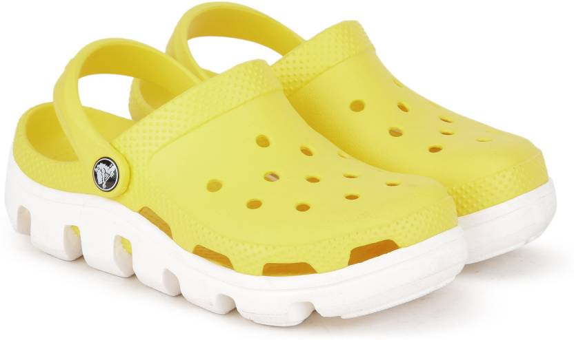 5092fceeff31c0 Crocs Boys   Girls Sling Back Clogs Price in India - Buy Crocs Boys ...