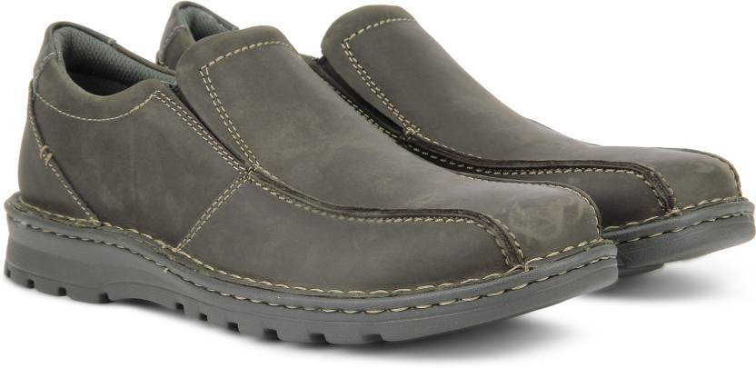 4bc12e43db Clarks Vanek Step Casuals For Men - Buy Dark Brown Lea Color Clarks ...