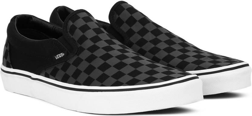 cb4213e67a Vans Classic Slip-On Slip on Sneaker For Men - Buy (Checkerboard ...