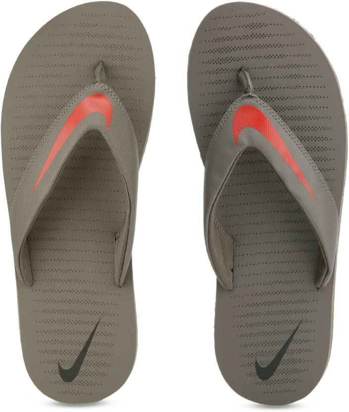 ad1a2d4e3cc3 Nike CHROMA THONG 5 Flip Flops - Buy Grey.Red Color Nike CHROMA THONG 5  Flip Flops Online at Best Price - Shop Online for Footwears in India