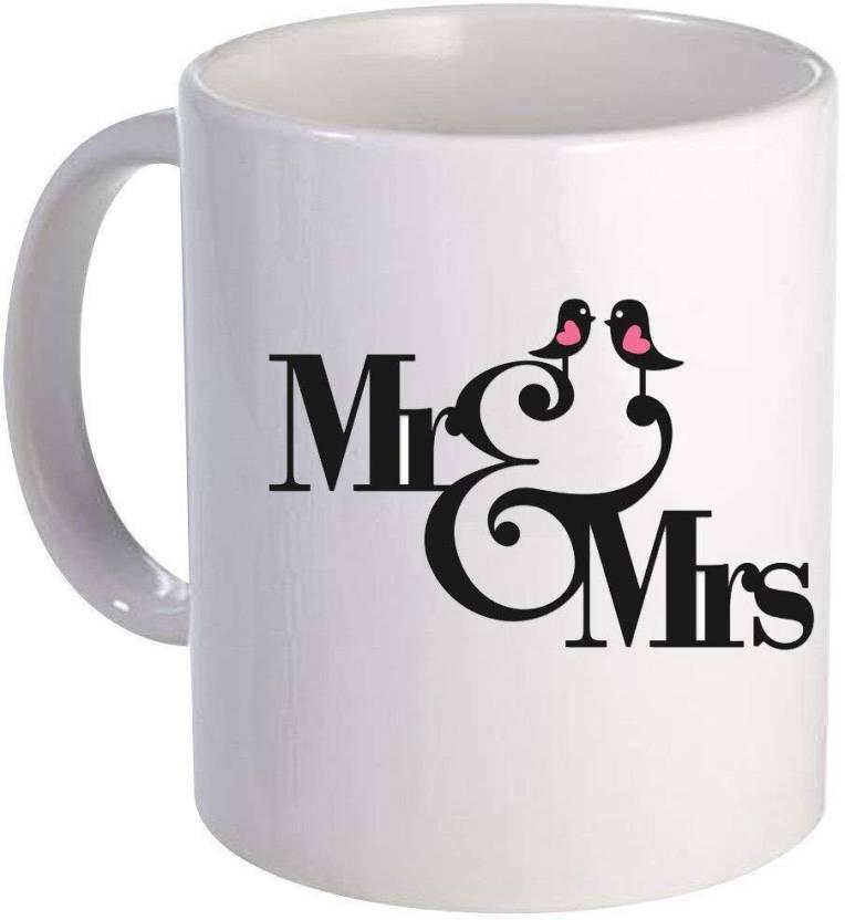 Devron Mr Mrs Couple Kissing
