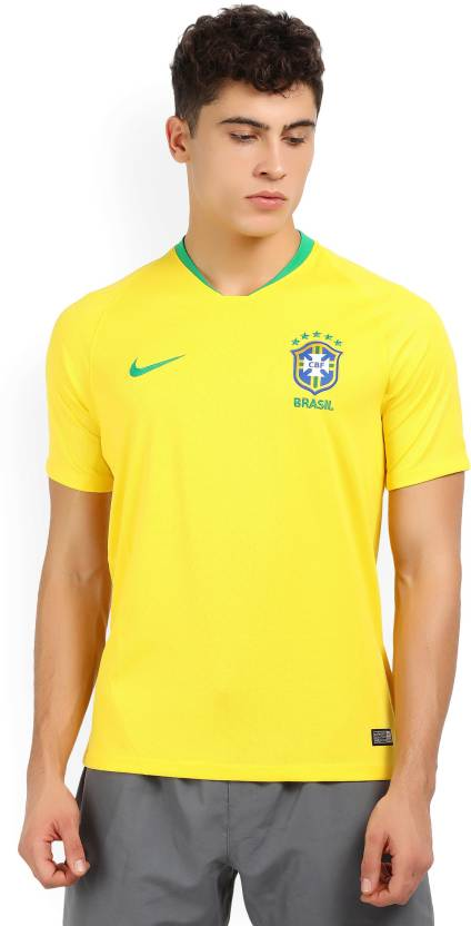d6745438 Nike Color block Men V-neck Yellow T-Shirt - Buy YELLOW Nike Color ...