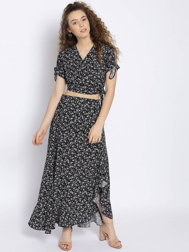 9be1bec5d31 Sera Women Fit and Flare Black Dress - Buy Sera Women Fit and Flare Black  Dress Online at Best Prices in India