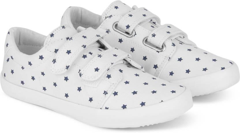 784940ceedb4 United Colors of Benetton Boys   Girls Velcro Sneakers Price in ...