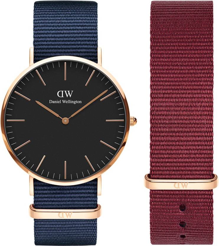 Daniel Wellington DW00500149 Classic Bayswater 40mm Rose Gold in Black Dial & 20mm Roselyn Strap.